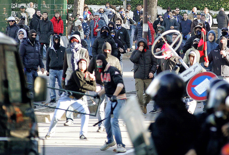Ultras Scattano Gli Arresti Dopo Le Violenze Di Domenica