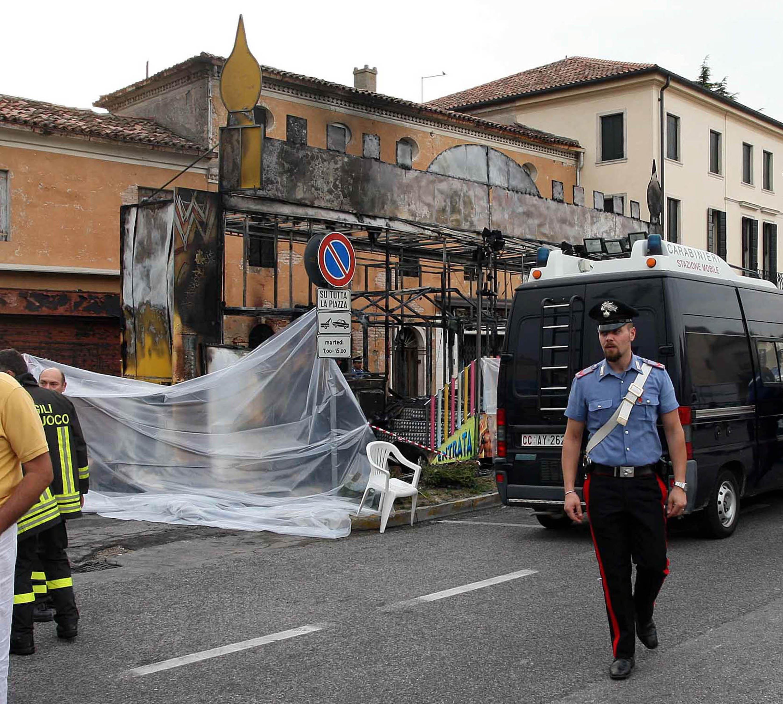 Padova brucia la giostra fidanzati carbonizzati - Fiera del mobile padova ...