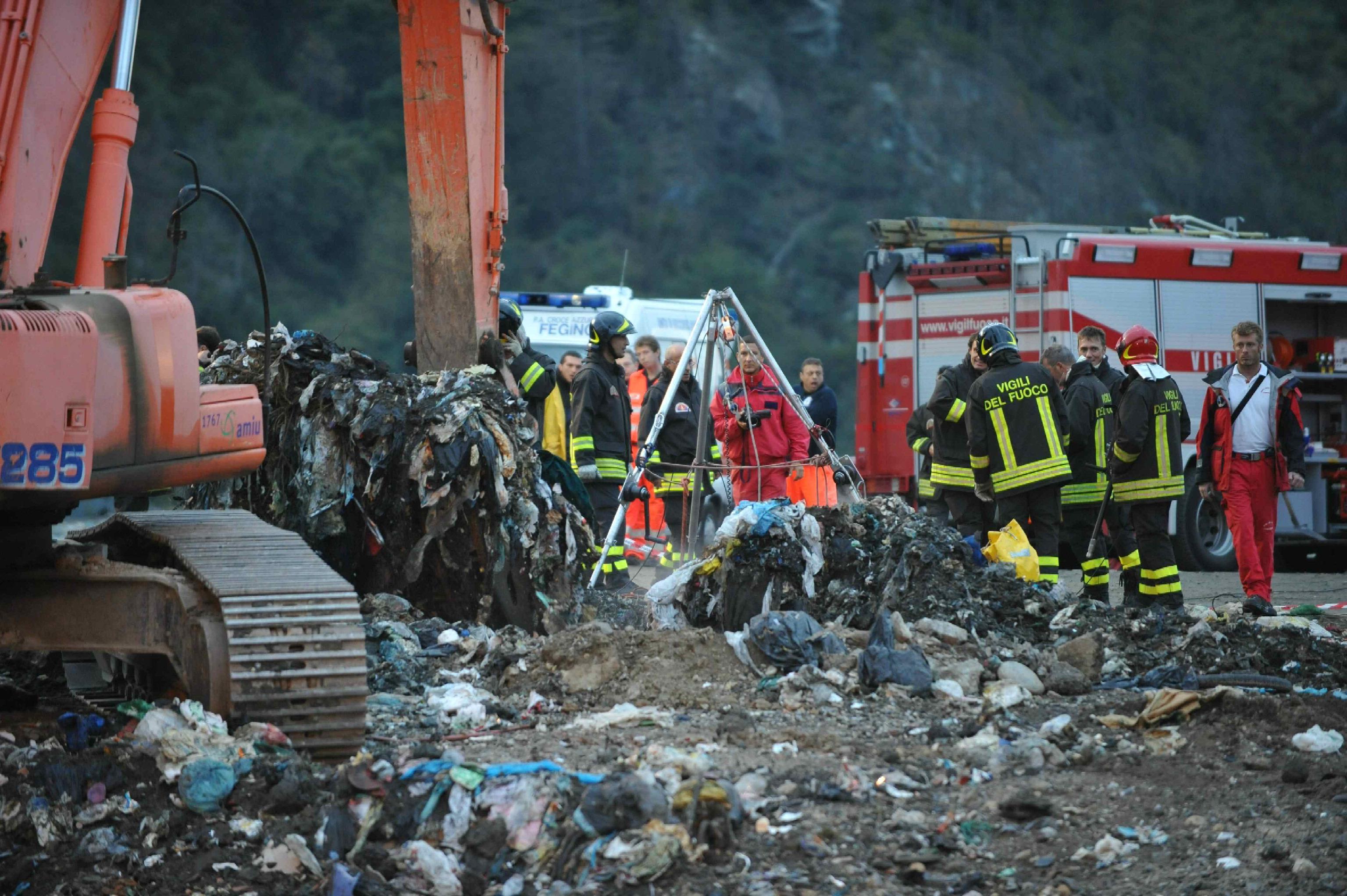 Genova incidente in discarica asfissiato nel pozzo a 70 for Cucinare a 70 gradi