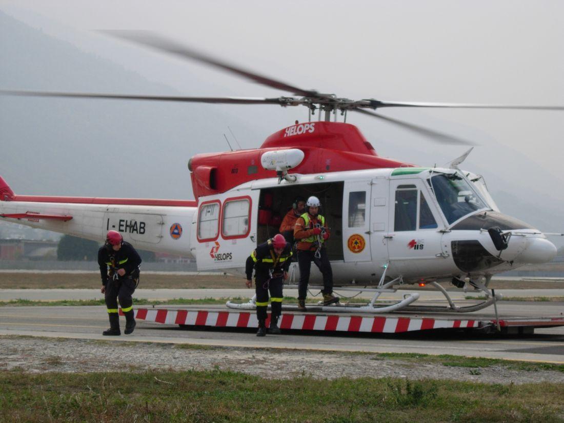 Elicottero Rosa : Monte bianco cade elicottero morti e feriti