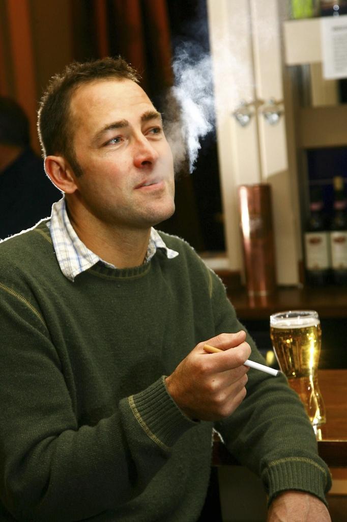 Pavel Dmitriyev per smettere di fumare