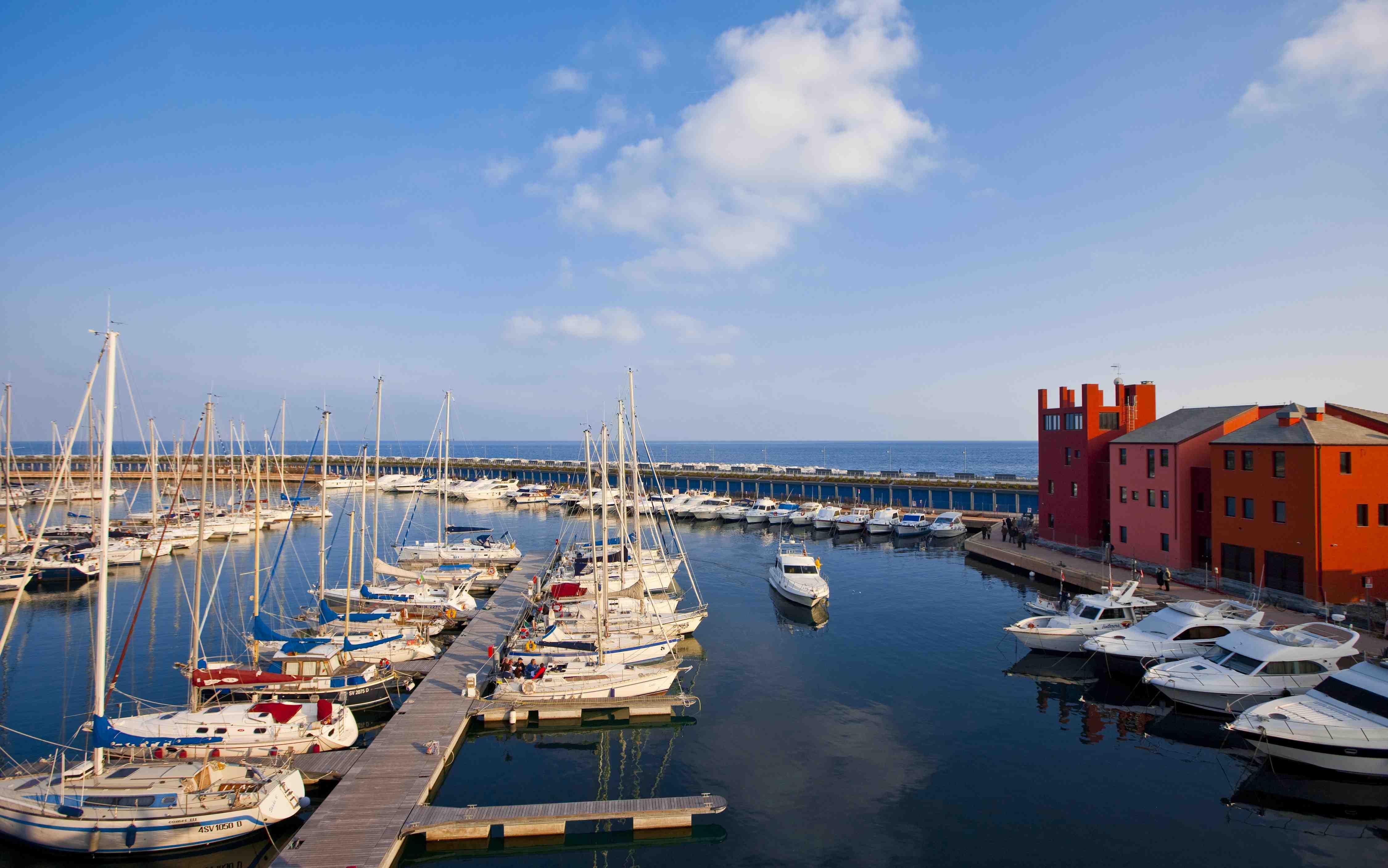 Marina di Loano, ecco il porto a cinque stelle IlGiornale.it