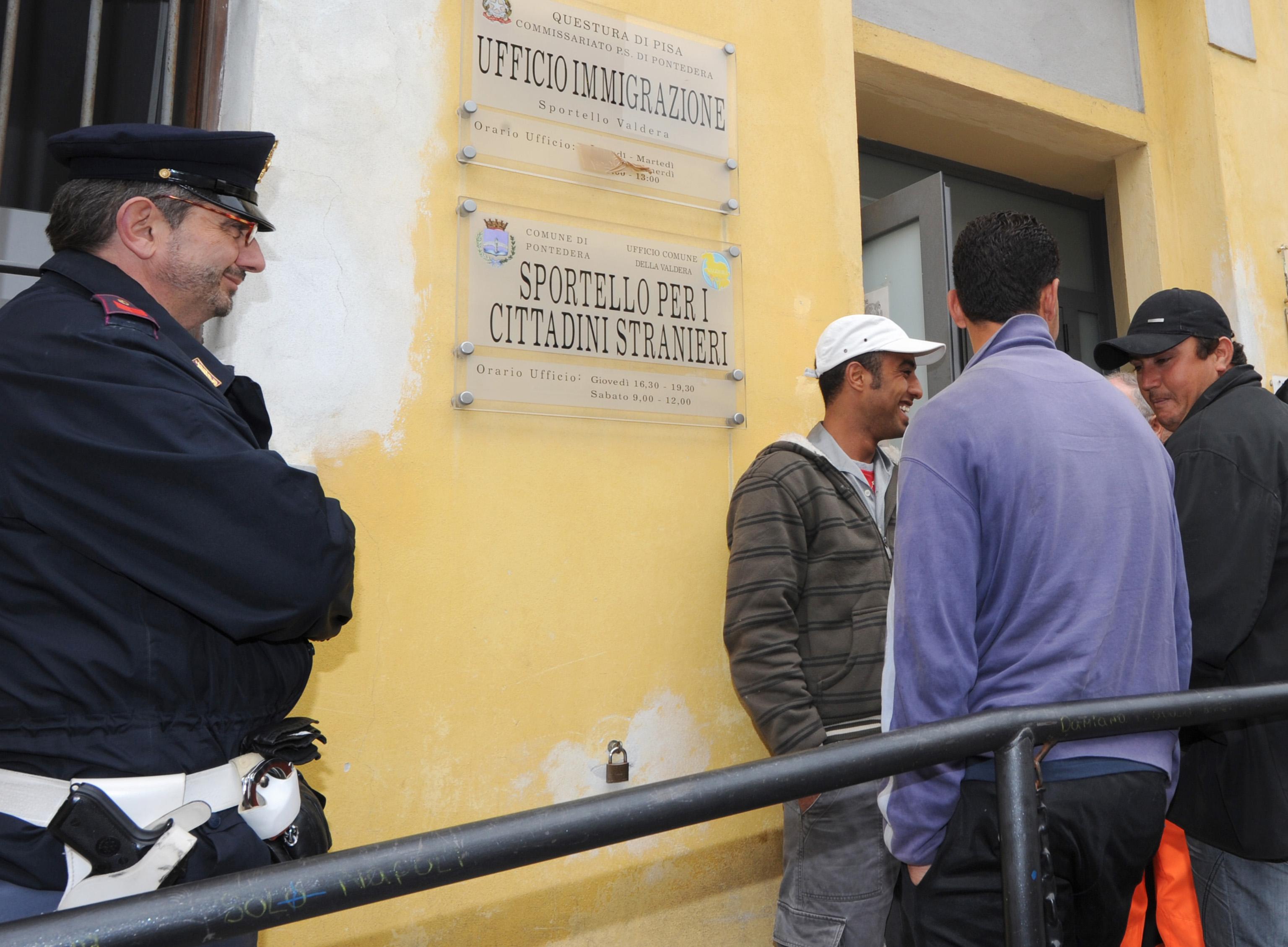"""In Germania blocchi contro i tunisini """"italiani"""" E ..."""