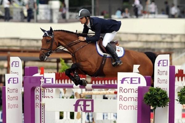 Piazza di siena cavalli e cavalieri alla sfida snai show jumping - Cavalli allo specchio ...
