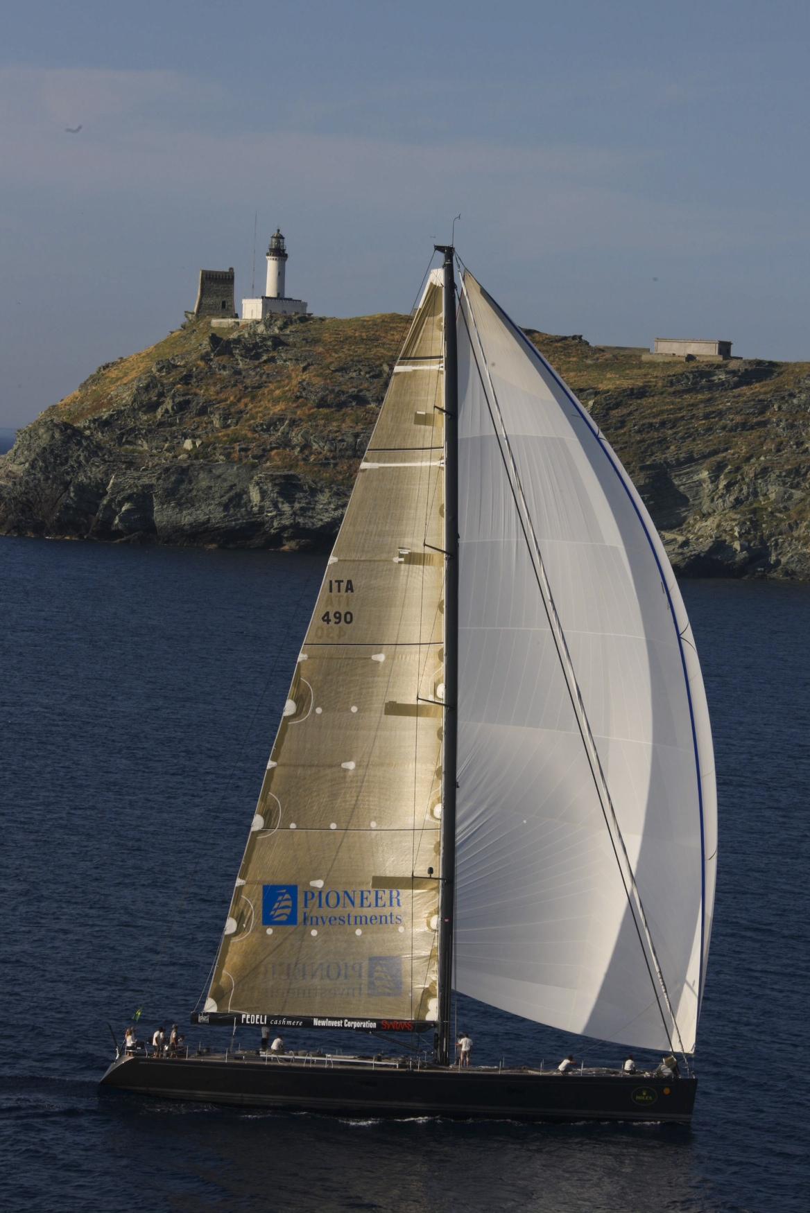 Vela alla giraglia vince foxy lady una barca di serie for Mercato del mobile usato milano