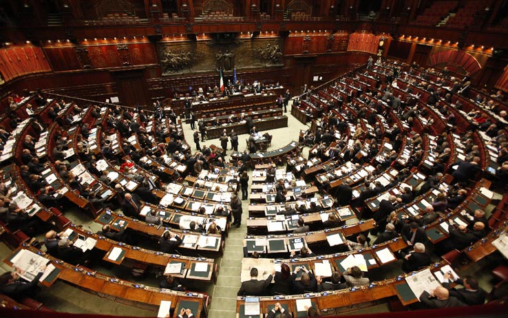 Governo un ddl per dimezzare i parlamentari stipendi for Camera dei deputati on line