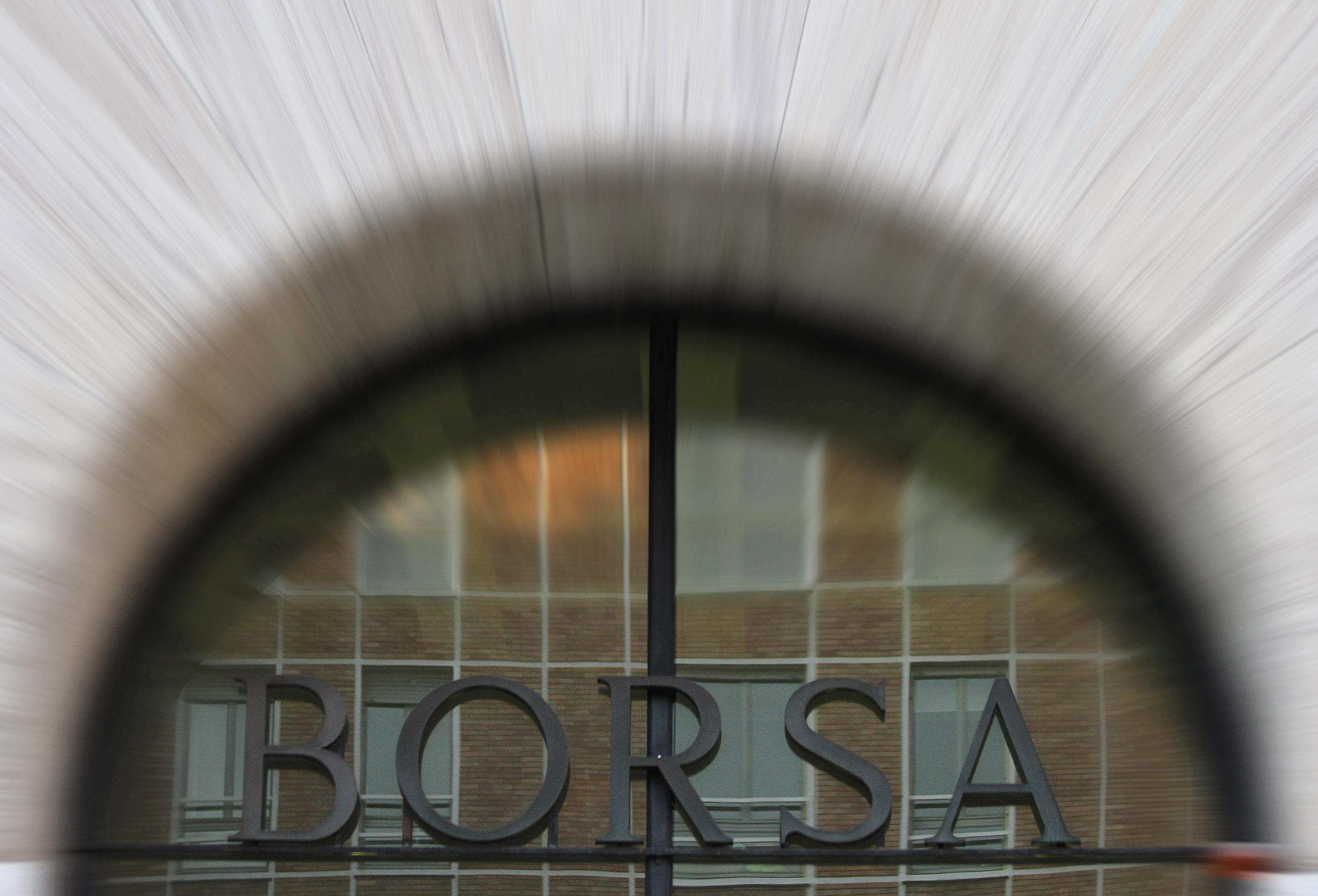 011b15660c Profondo rosso sulle Borse Ue A Piazza Affari indici in tilt: -5%