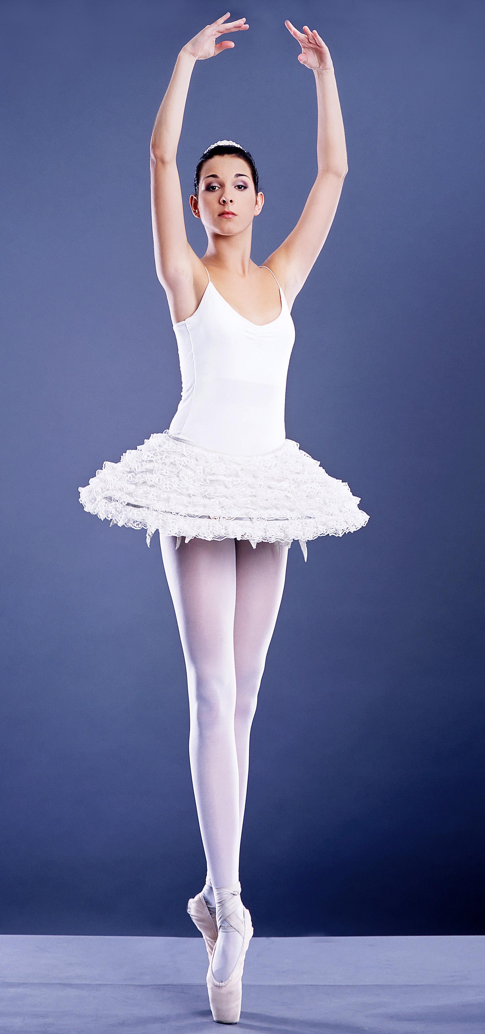 """Super Confessione di una ballerina: """"Noi anoressiche alla Scala"""" PU48"""