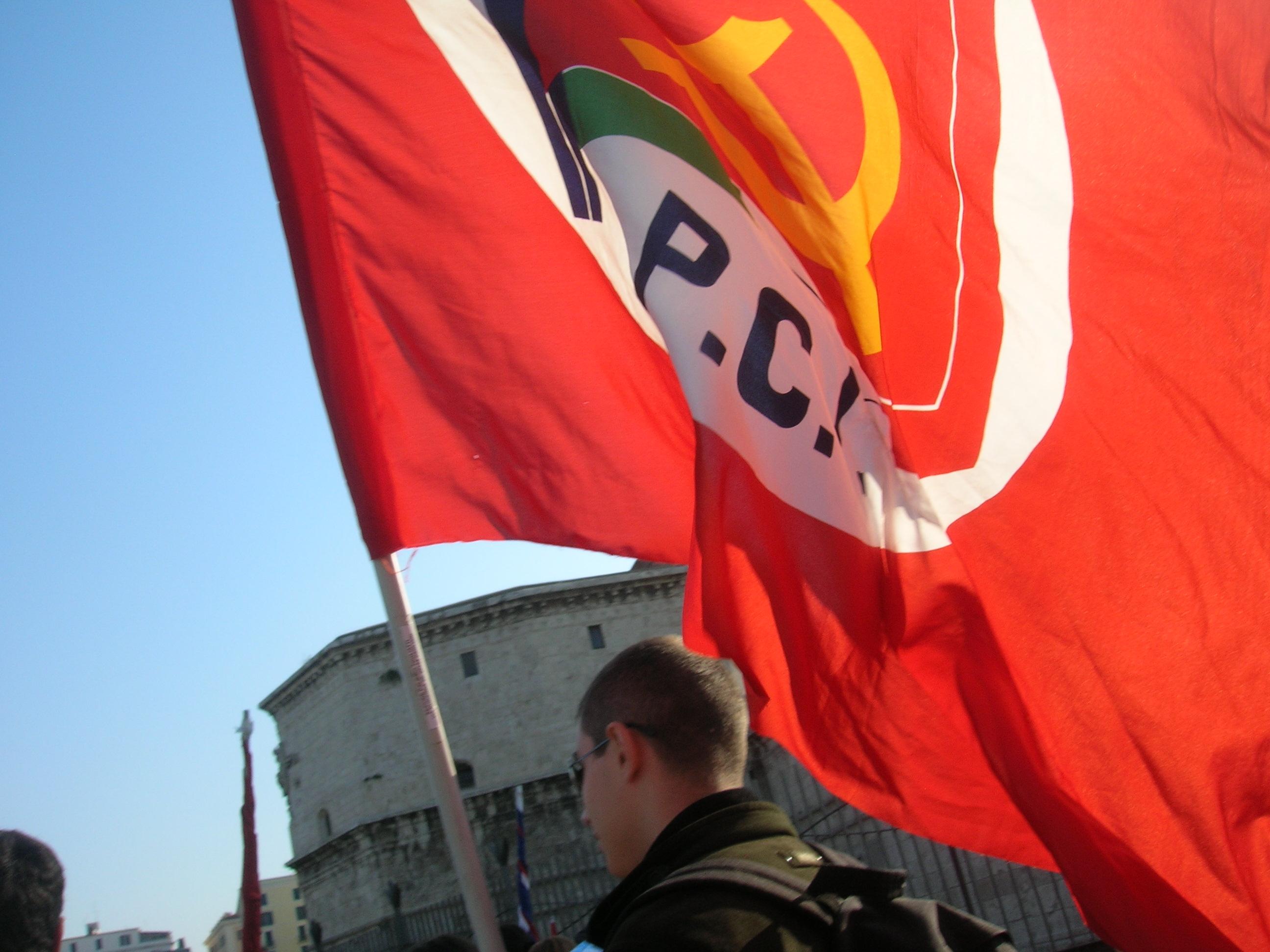 Altro che pd sono tornati i comunisti for Ovvio arredamento roma