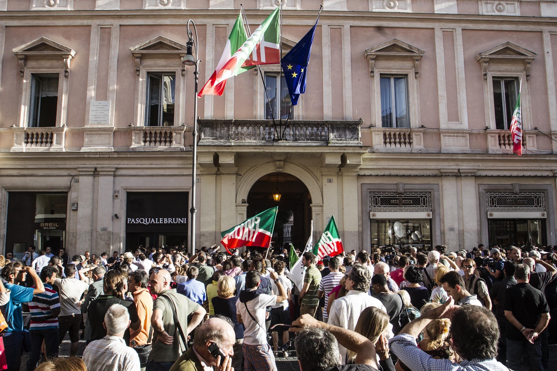 Nuova forza italia resta da sciogliere il nodo direttorio for Deputati di forza italia