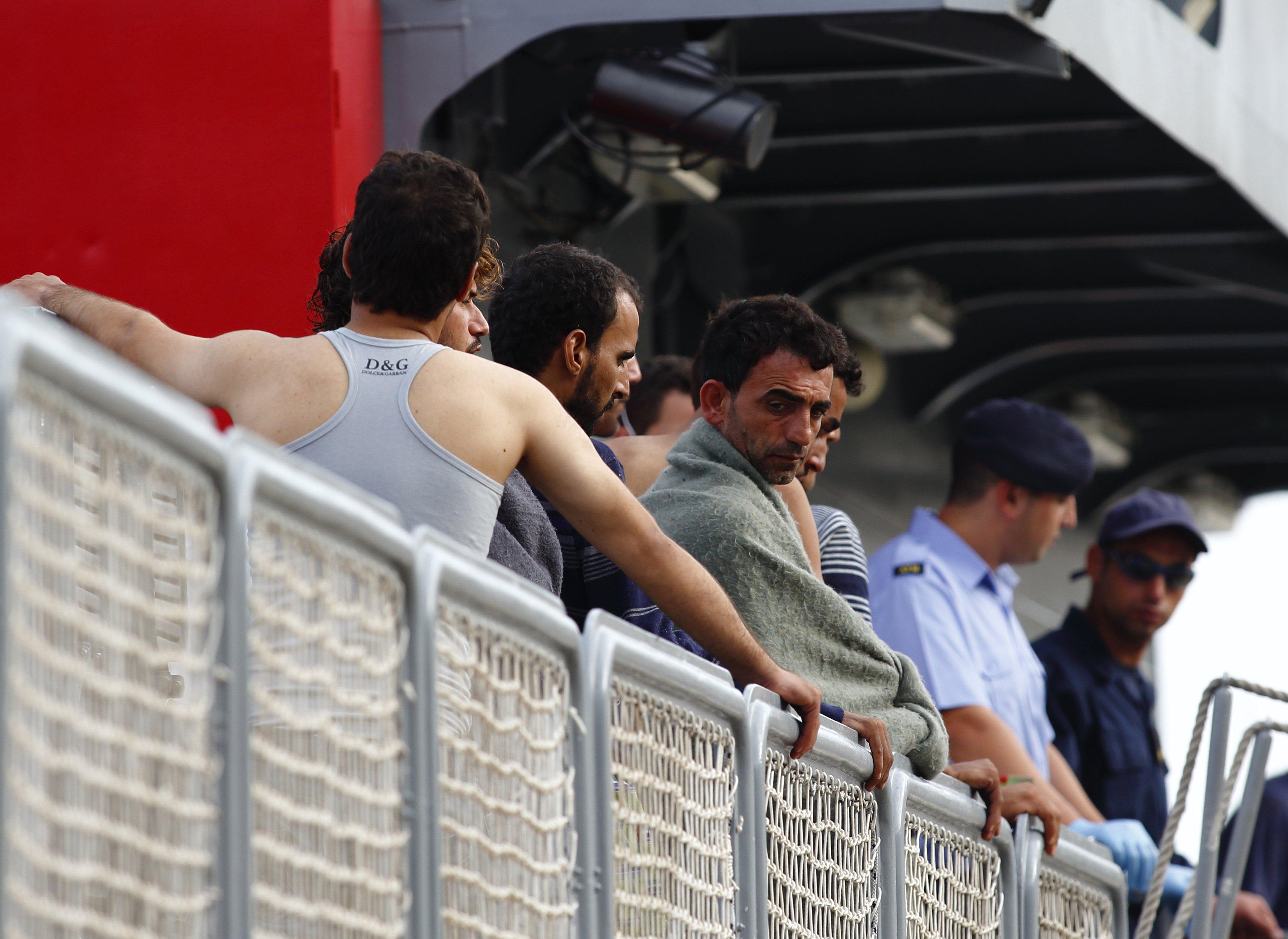 I padri separati che rischiano di essere sfrattati dai profughi ...