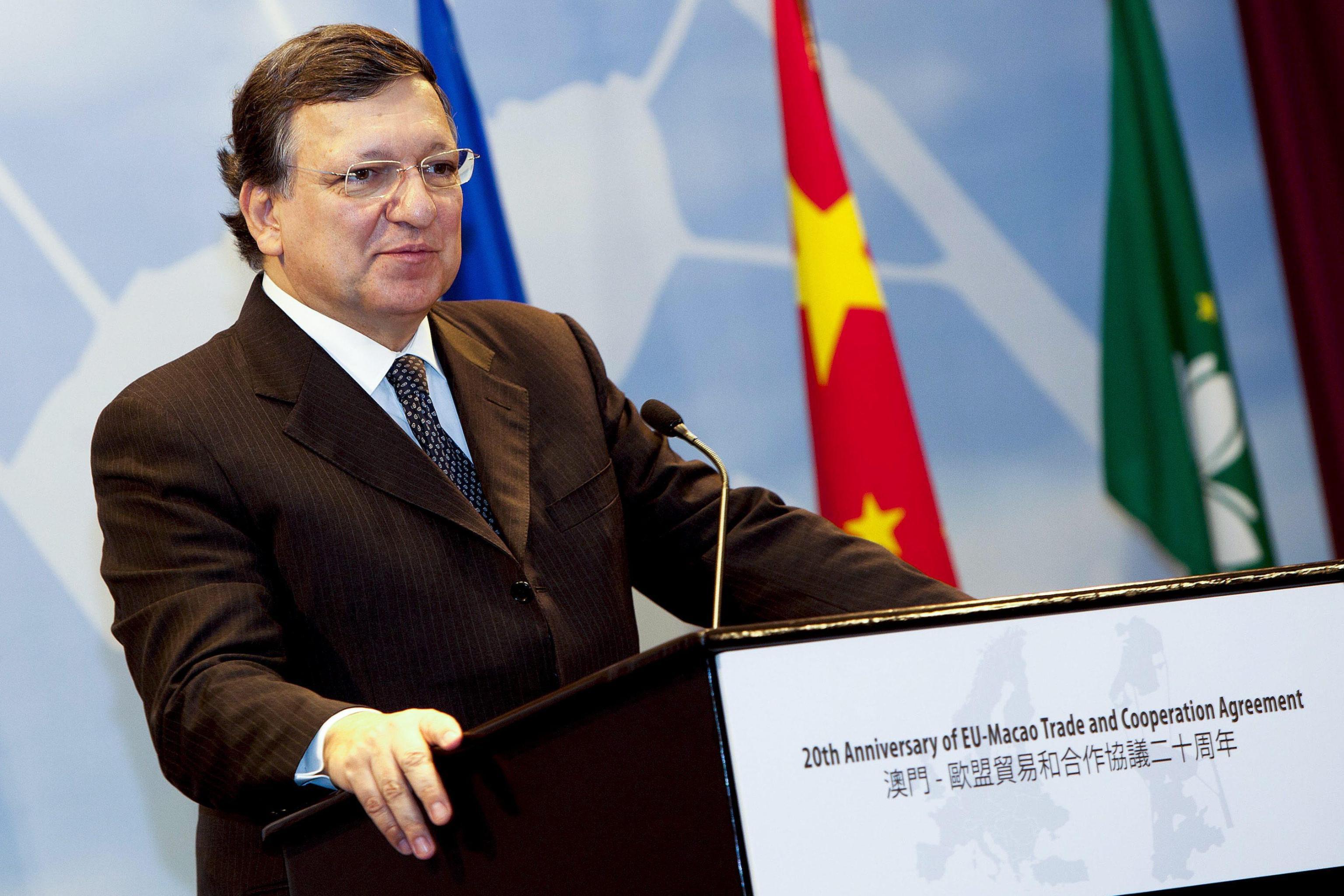 Legame Barroso-Goldman Sachs. Ora la Ue vuole vederci chiaro