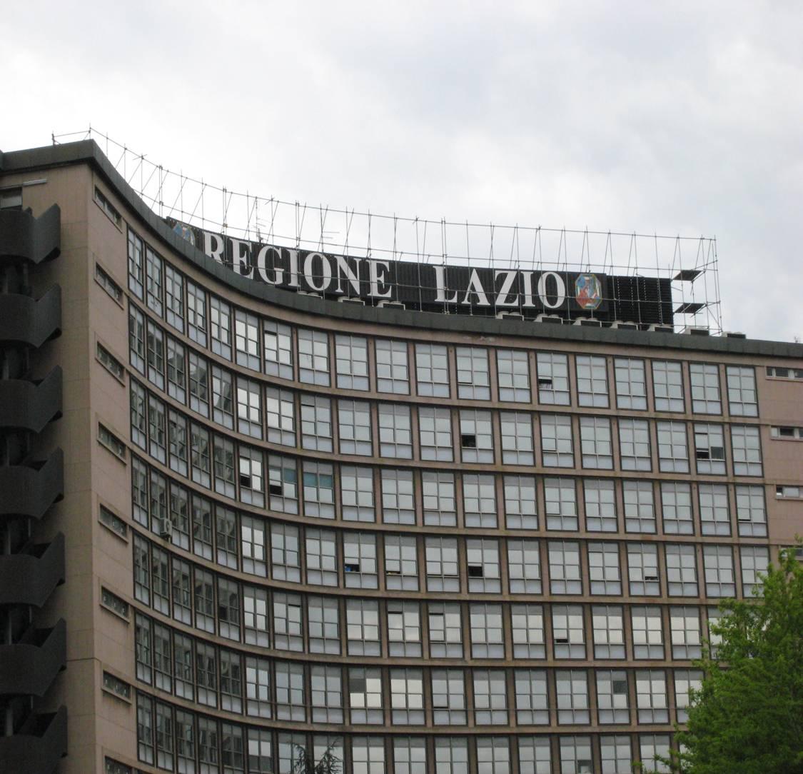 Regione Lazio, vitalizi dorati: ecco tutti i privilegi ...