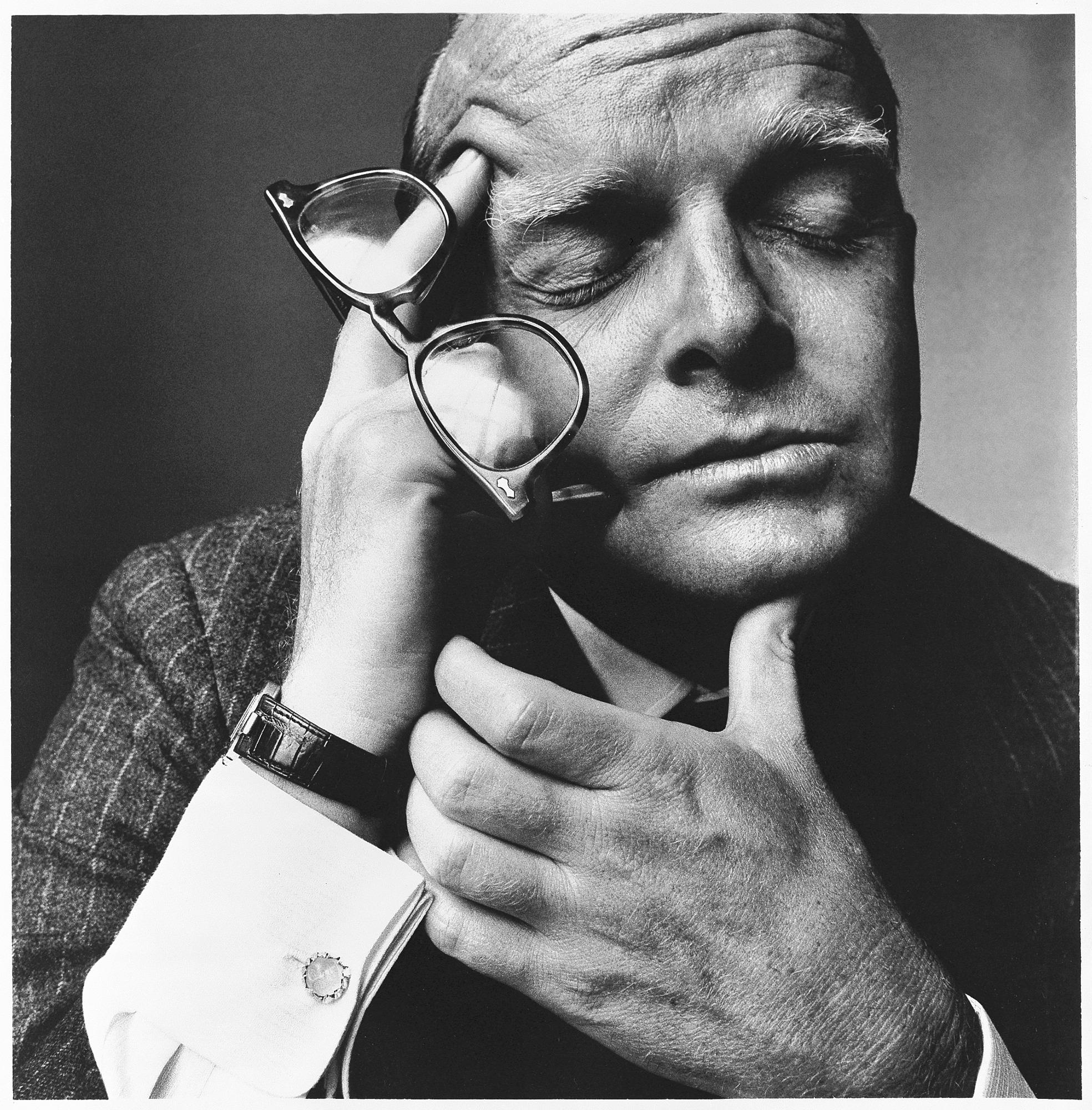 Battute all'asta le ceneri dello scrittore Truman Capote