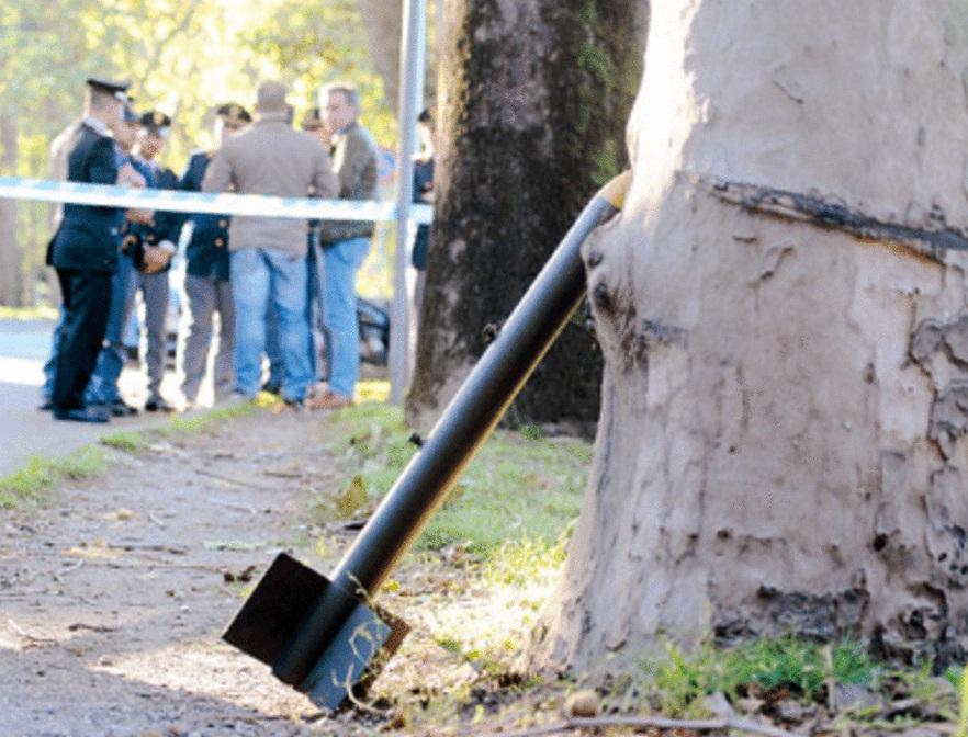 Il giallo del razzo abbandonato in un parco a milano - Immagini stampabili a razzo ...