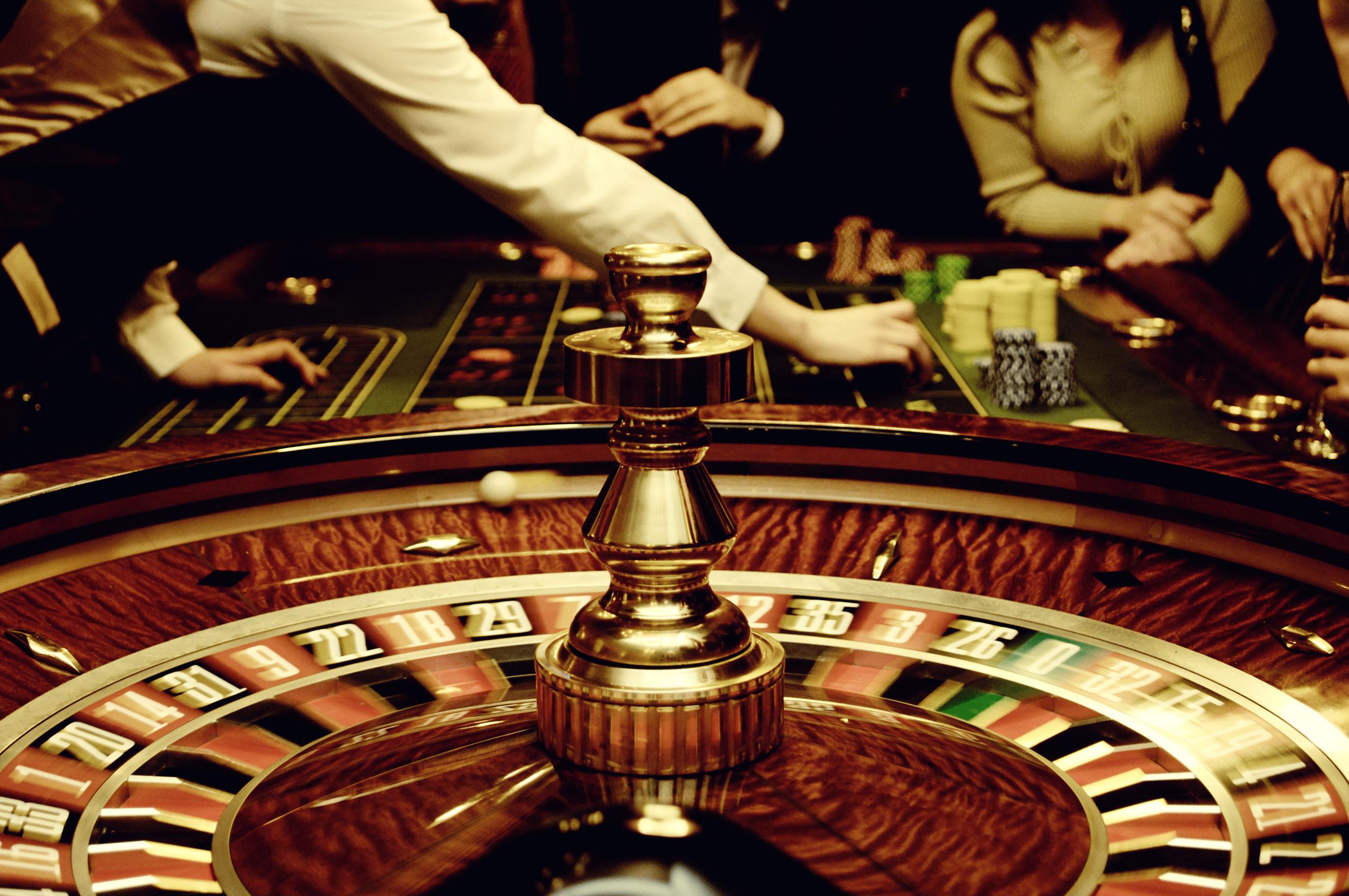 Cos il casin della mutua insegna a non scommettere - Il tavolo della roulette ...
