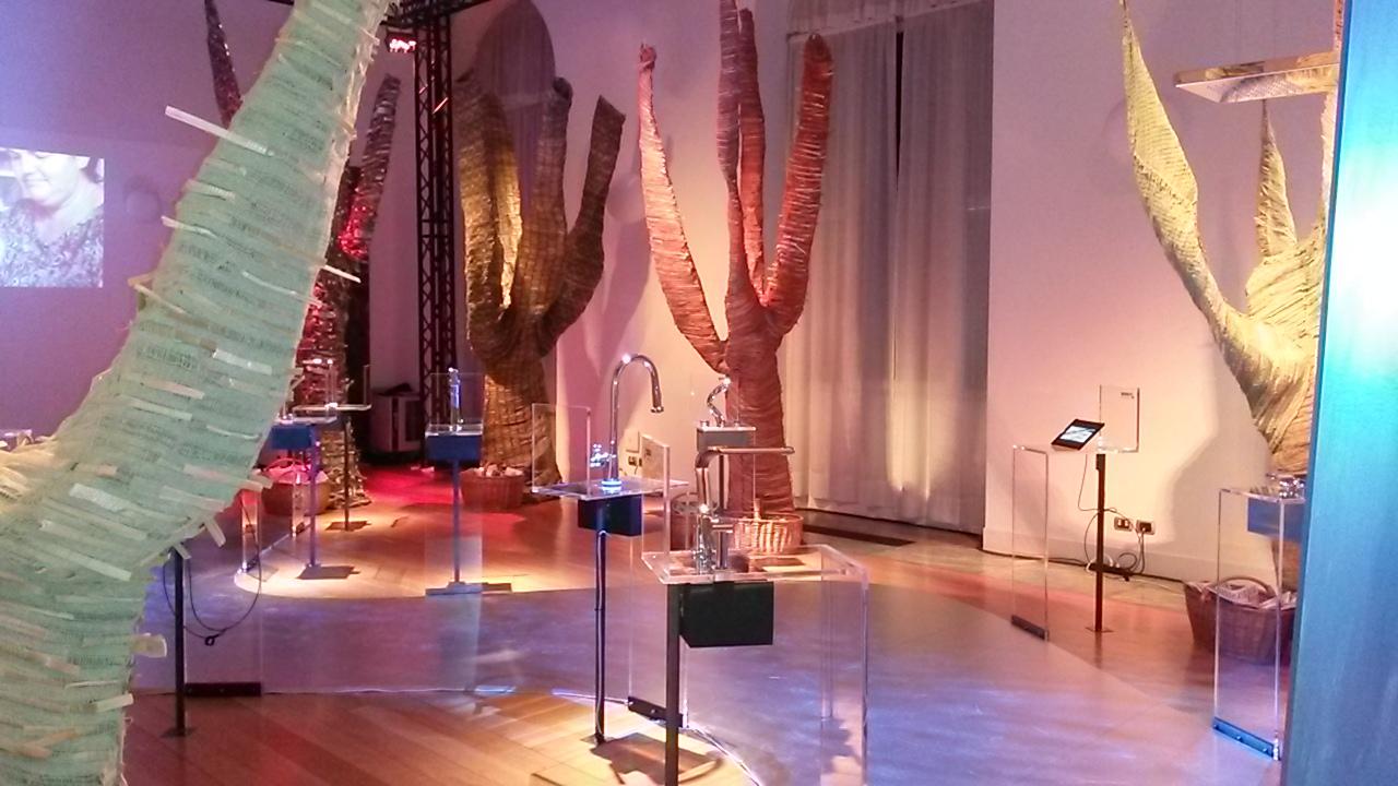 Energia brasileira design in mostra fra salone del for Mostra del mobile milano