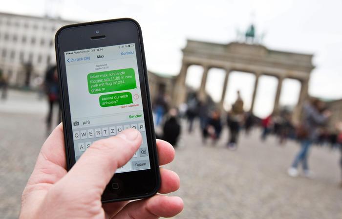Regalo ue agli operatori rinviata di tre anni l for Abolizione roaming in europa