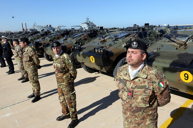Anche i militari si schierano contro la riforma. Giallo sulle voci diffuse alla stampa
