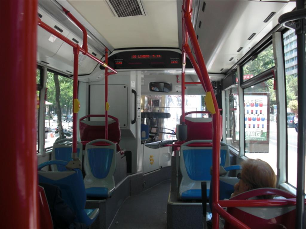 Roma Autista Drogato In Servizio Guida Il Bus Come Una