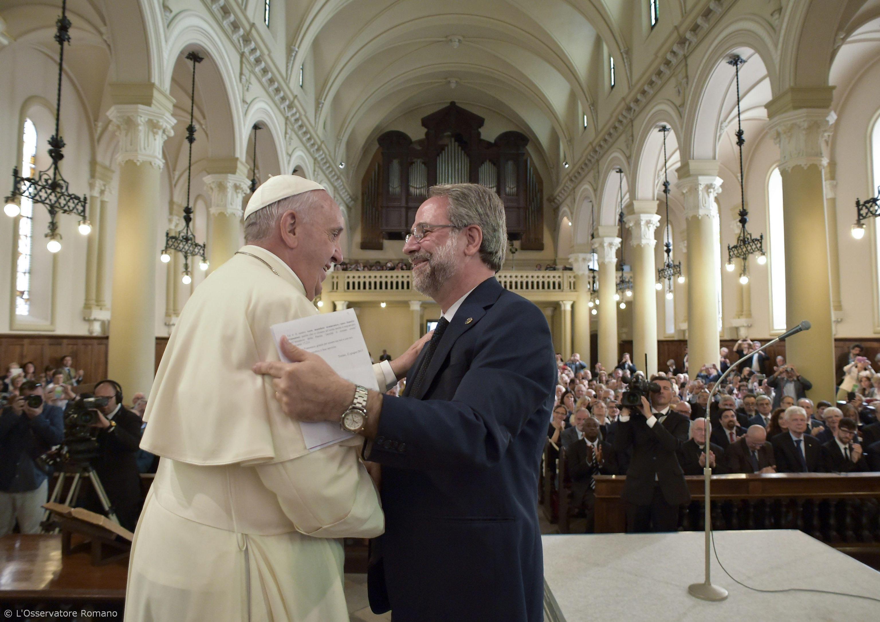 Francis rencontre piama