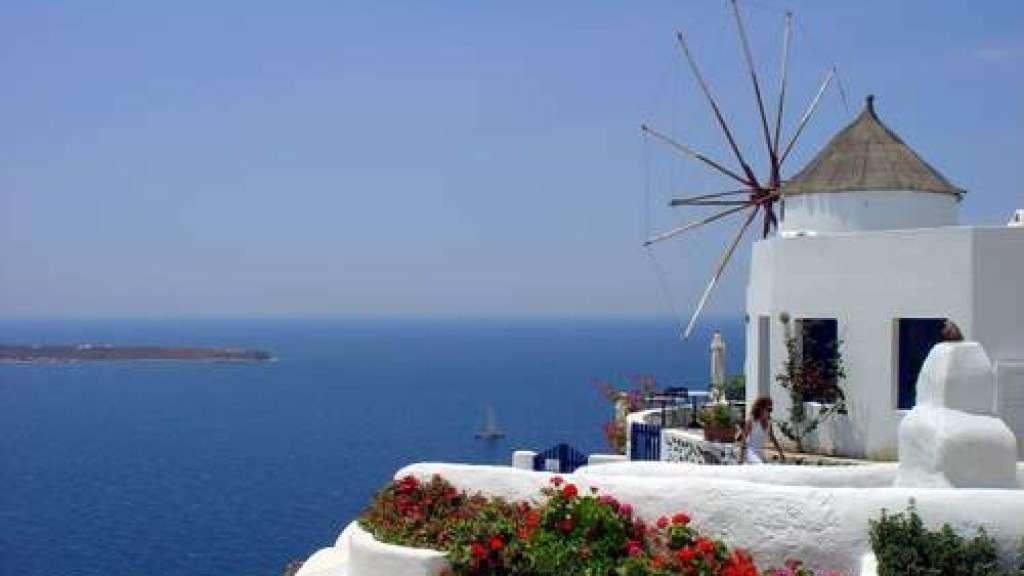 Tutti a comprare casa in grecia ma il mercato resta for Comprare casa a milano