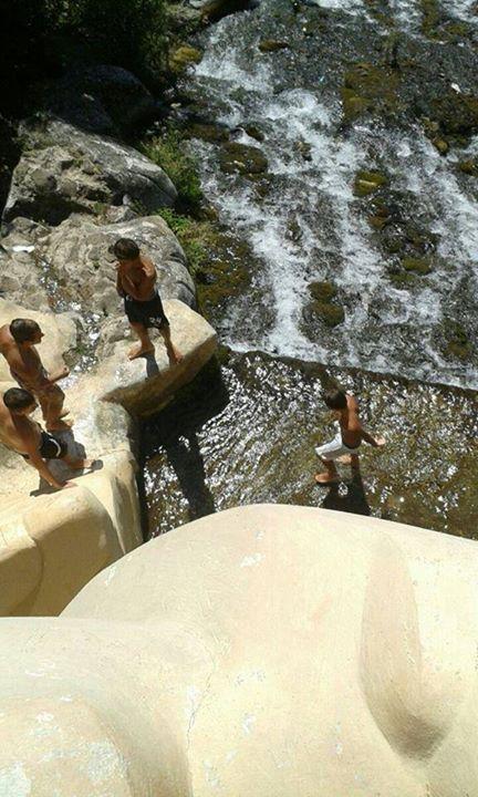 Sfregiata la reggia di caserta tuffi nella cascata della - Il bagno di diana klossowski ...