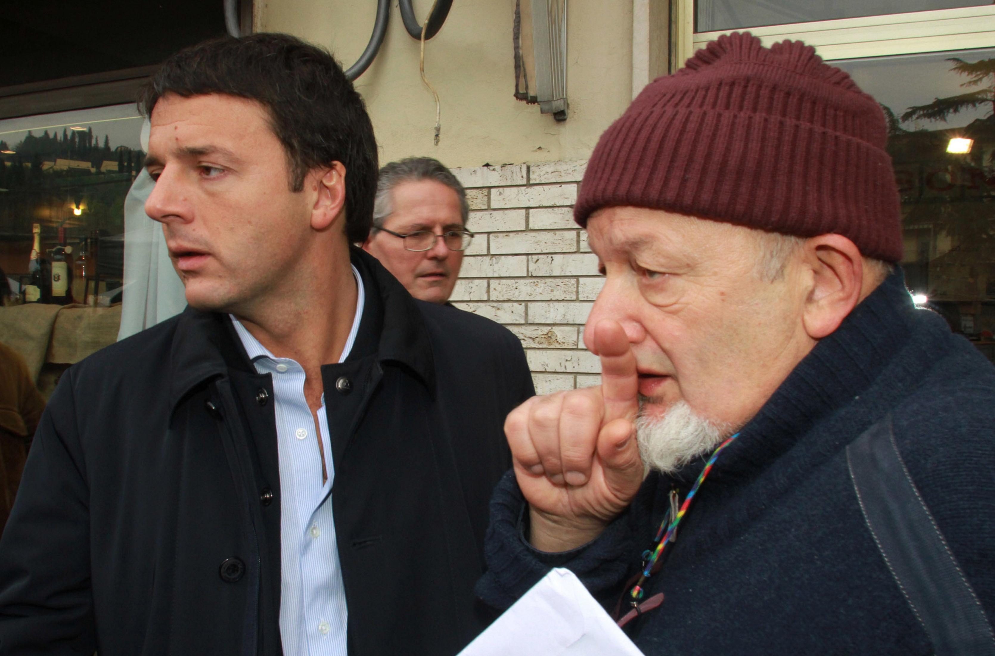 Risultati immagini per Papà Boschi e papà Renzi foto