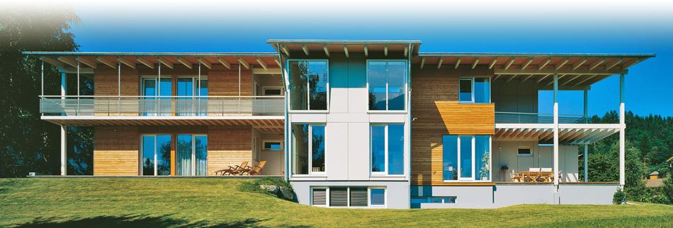 Case la riscoperta del legno for Ville classiche moderne