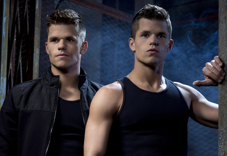 Gay gemello attore