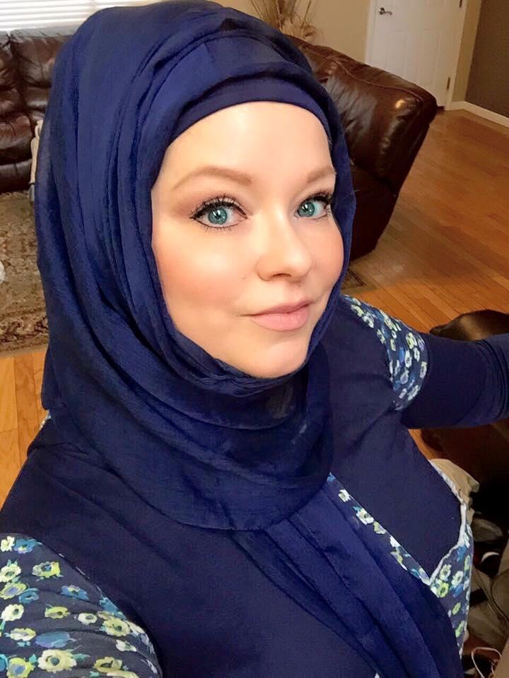 L 39 iniziativa choc degli islamici velo anche alle non - Perche le donne musulmane portano il velo ...