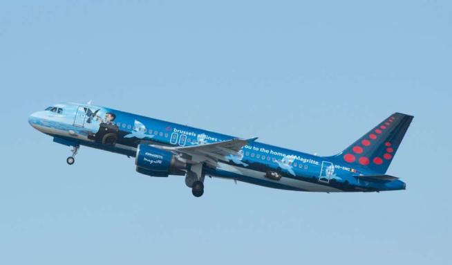 Zaventem, Primo Decollo: Sull'aereo Due Colombe Della Pace
