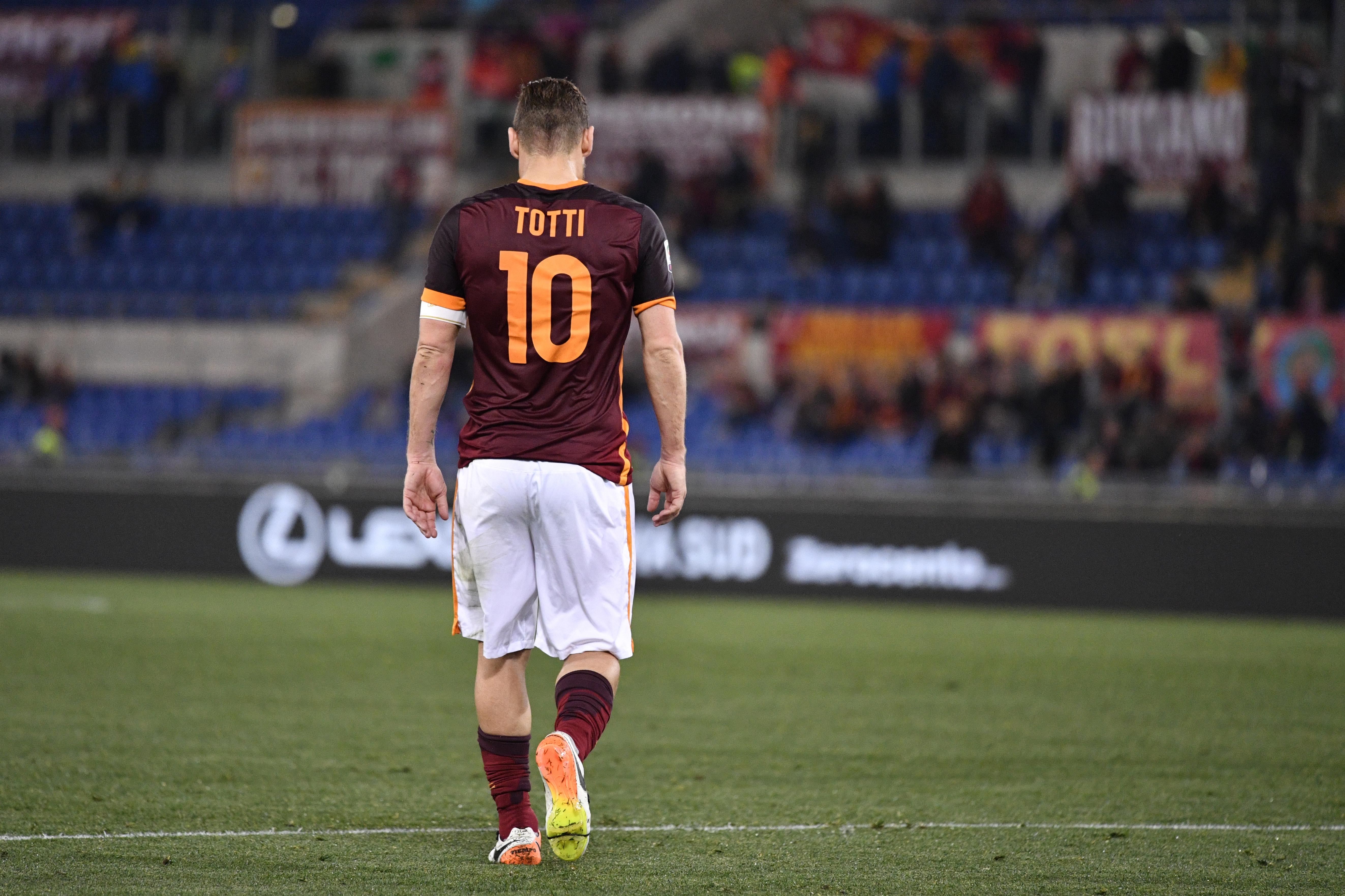 Anni di crisi: anche i Totti piangono