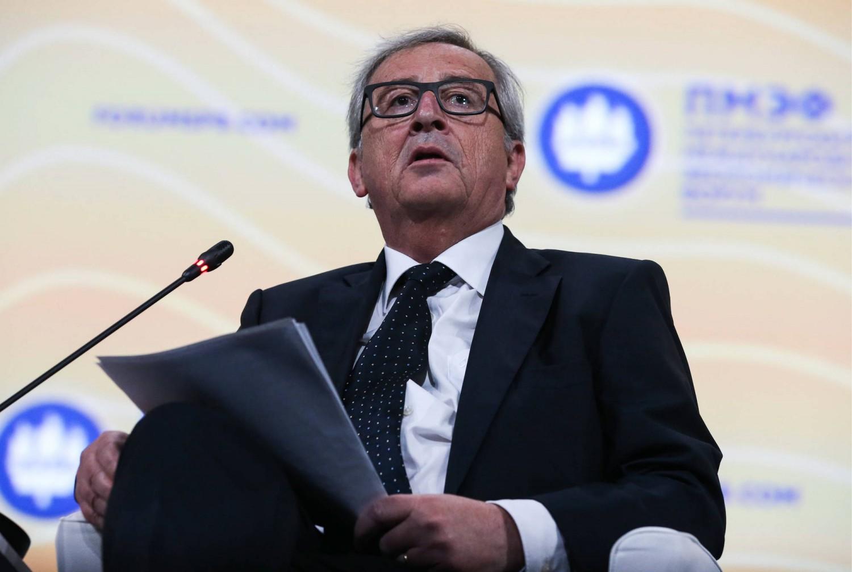 "Juncker avvisa Renzi: ""L'Italia già preso 19 miliardi"""