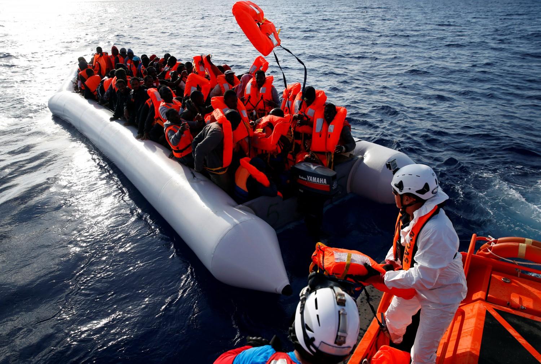 Migranti la rete dei trafficanti: chi non paga ucciso per gli