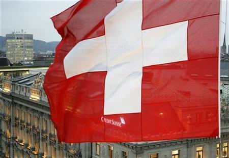 """La Svizzera non ci vuole: """"Prima noi, poi gli italiani"""""""