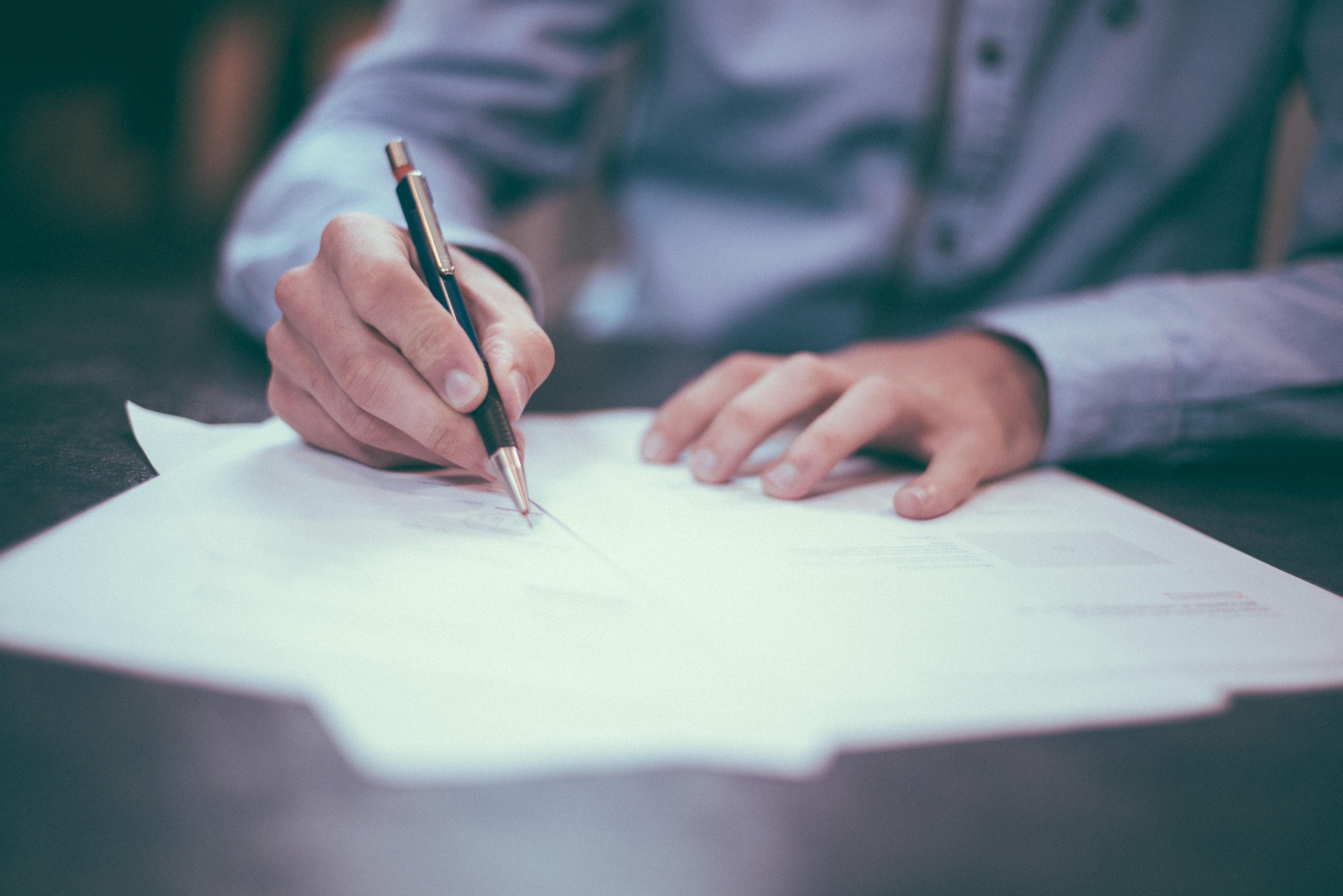 Il Jobs Act è fallito: i contratti a tempo indeterminato sono scesi del 30%