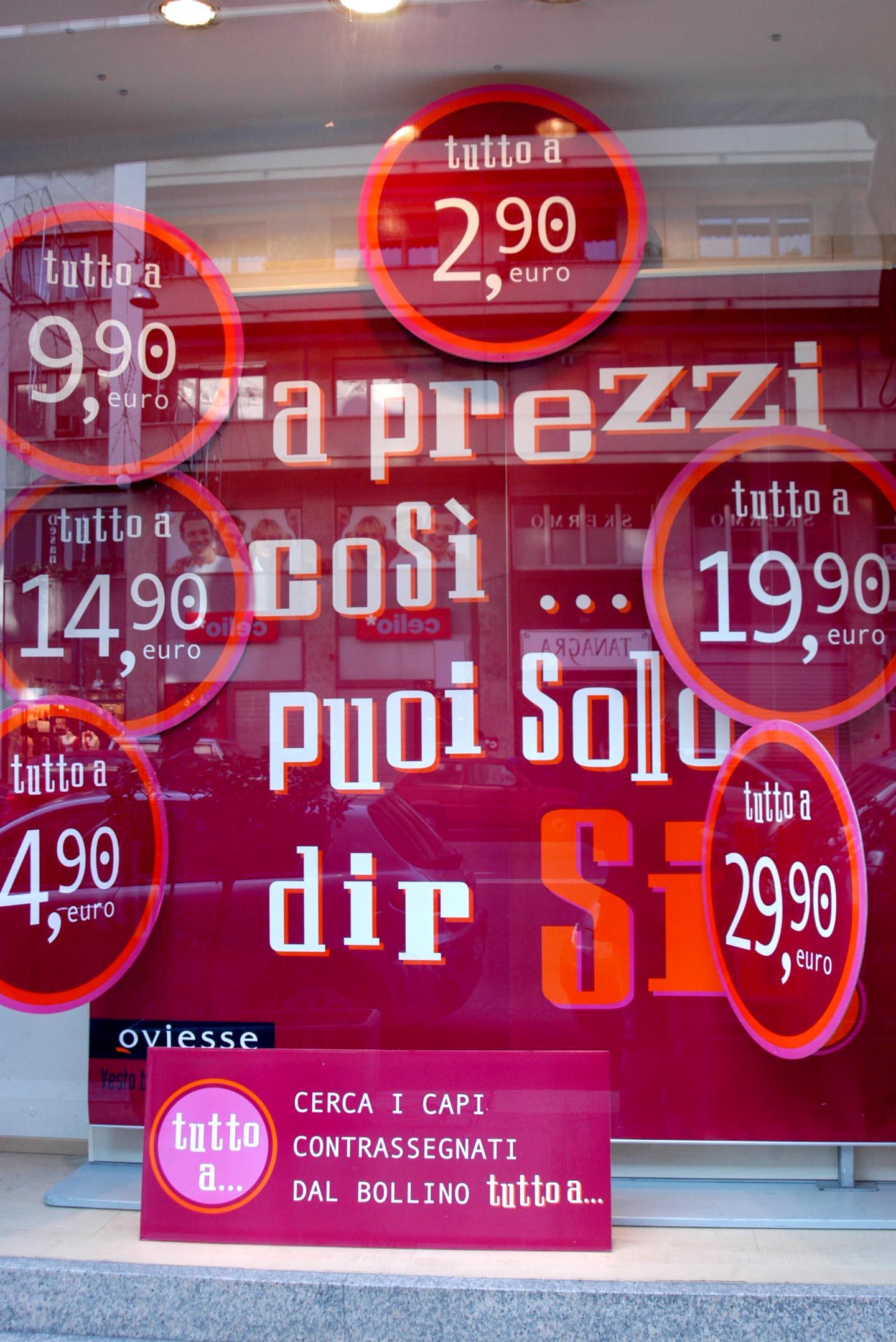 Il Consumismo Cancella Quello Che Siamo: Non Sappiamo Più