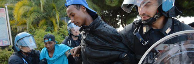Così i francesi a Ventimiglia fanno i furbetti coi profughi