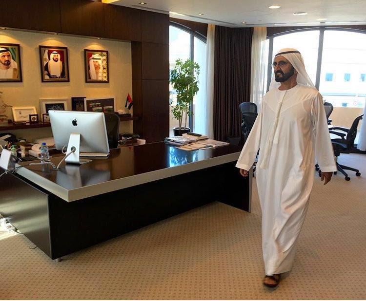 Dubai, lo sceicco scopre i funzionari fannulloni e li licenzia