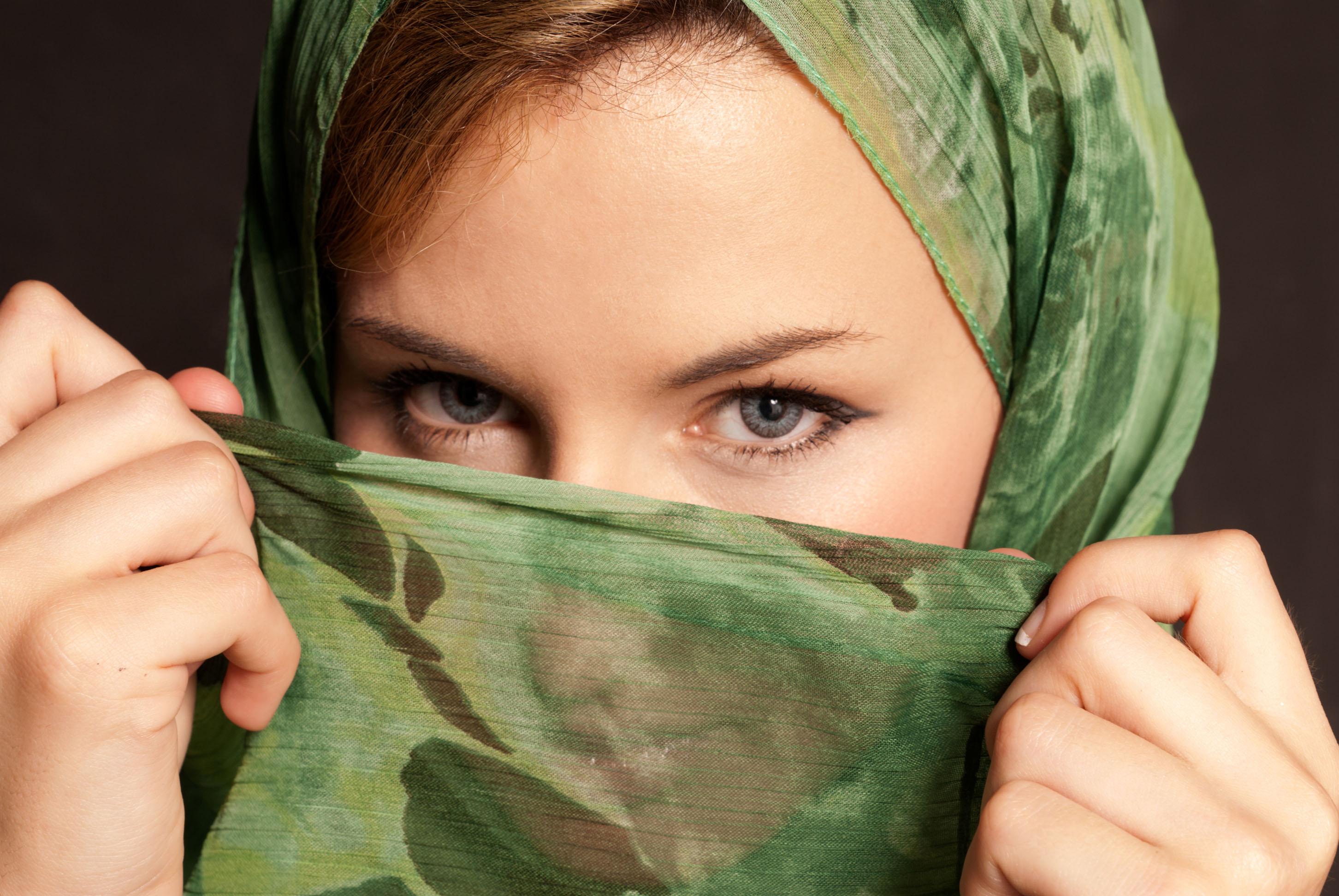 Identikit delle donne che si convertono alla religione islamica