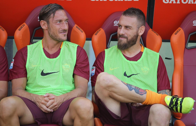 """Totti si rivolge ai tifosi: """"Questa dev'essere una stagione speciale"""""""