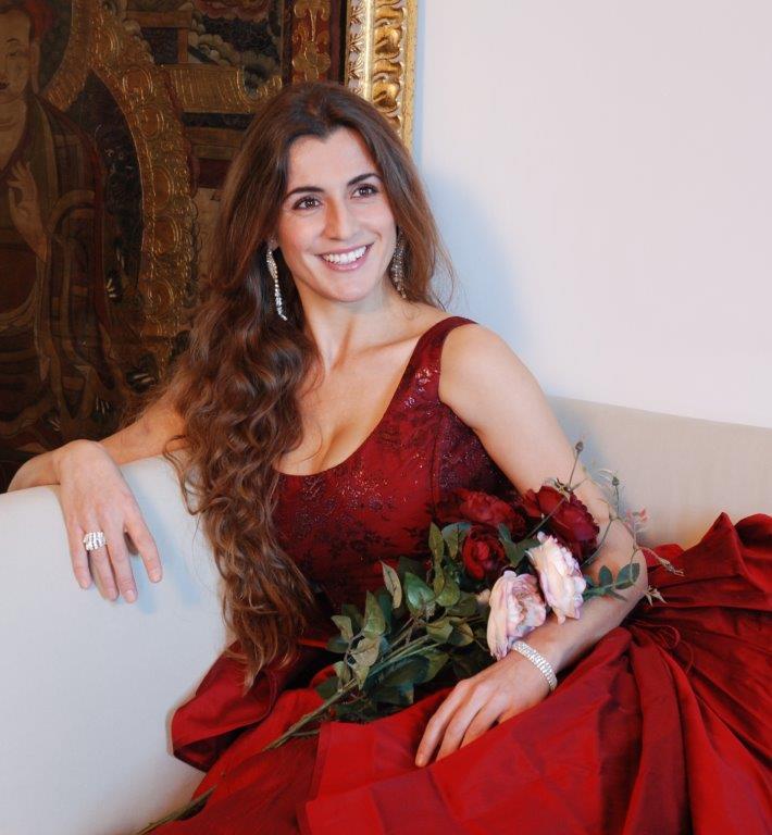 """""""Qui dove il mare luccica"""": Modena rende omaggio a Pavarotti"""