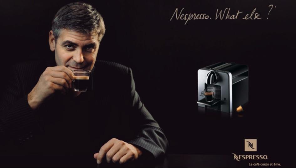 """Nespresso """"silura"""" Clooney Il caffè ora parla italiano"""