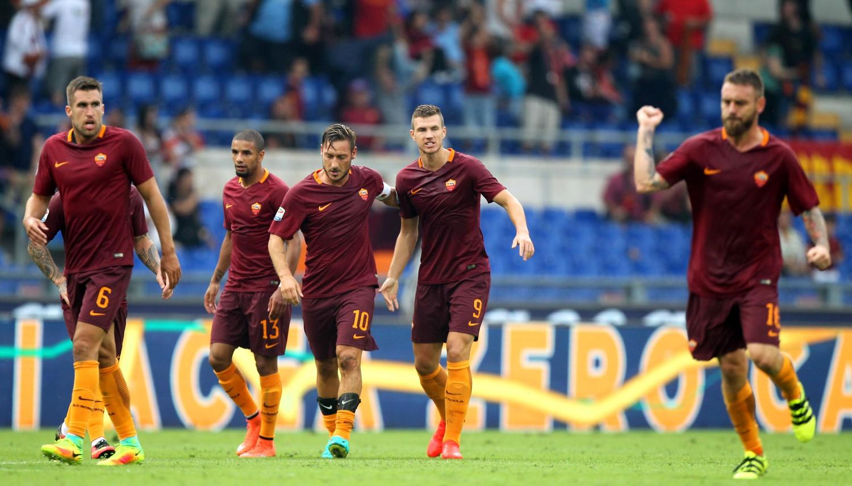 Roma sul velluto, Totti fa il solito show
