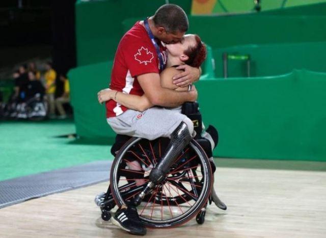 Paralimpiadi, questa foto è il ricordo più bello di Rio 2016