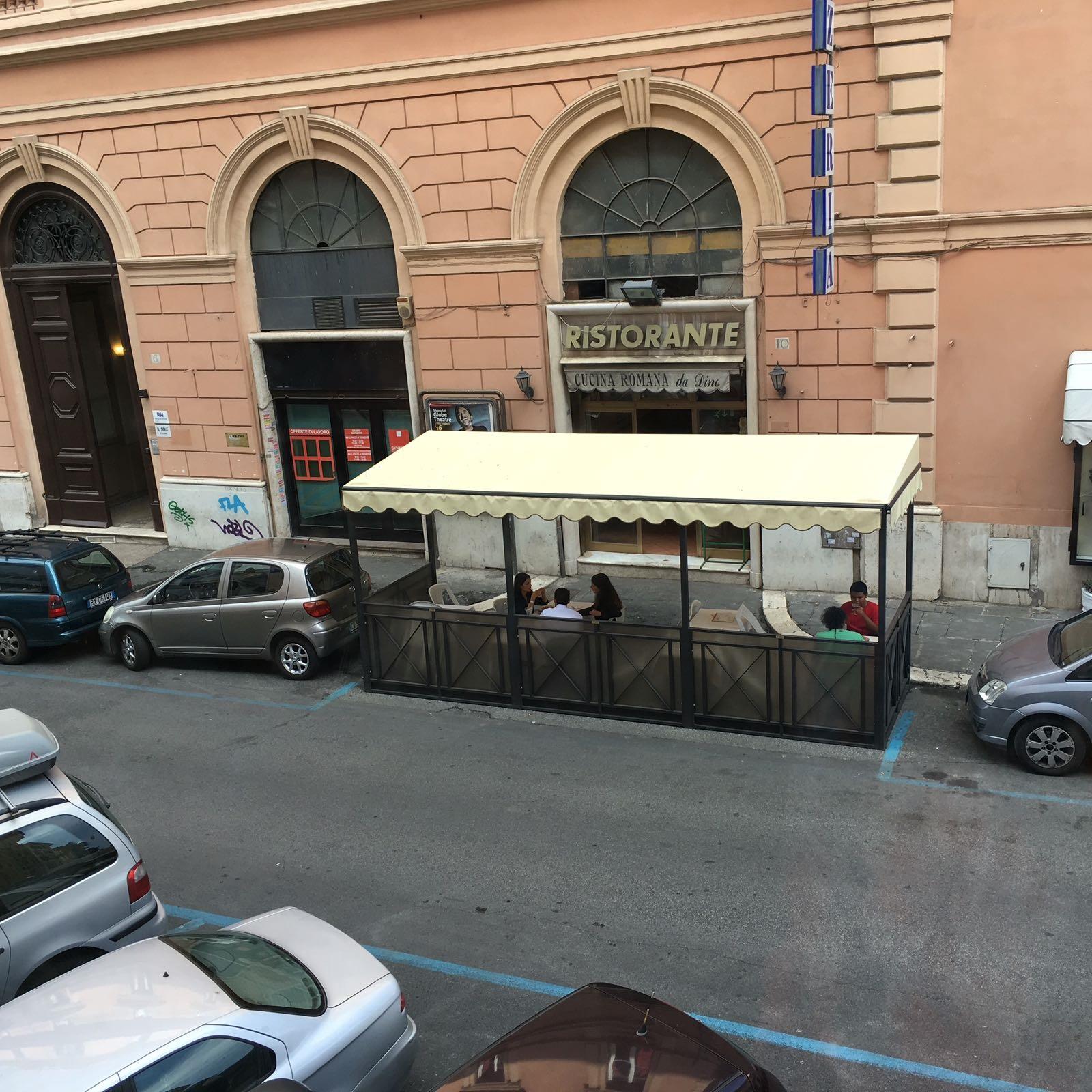 La Raggi dà buca a Malagò: era a pranzo al ristorante