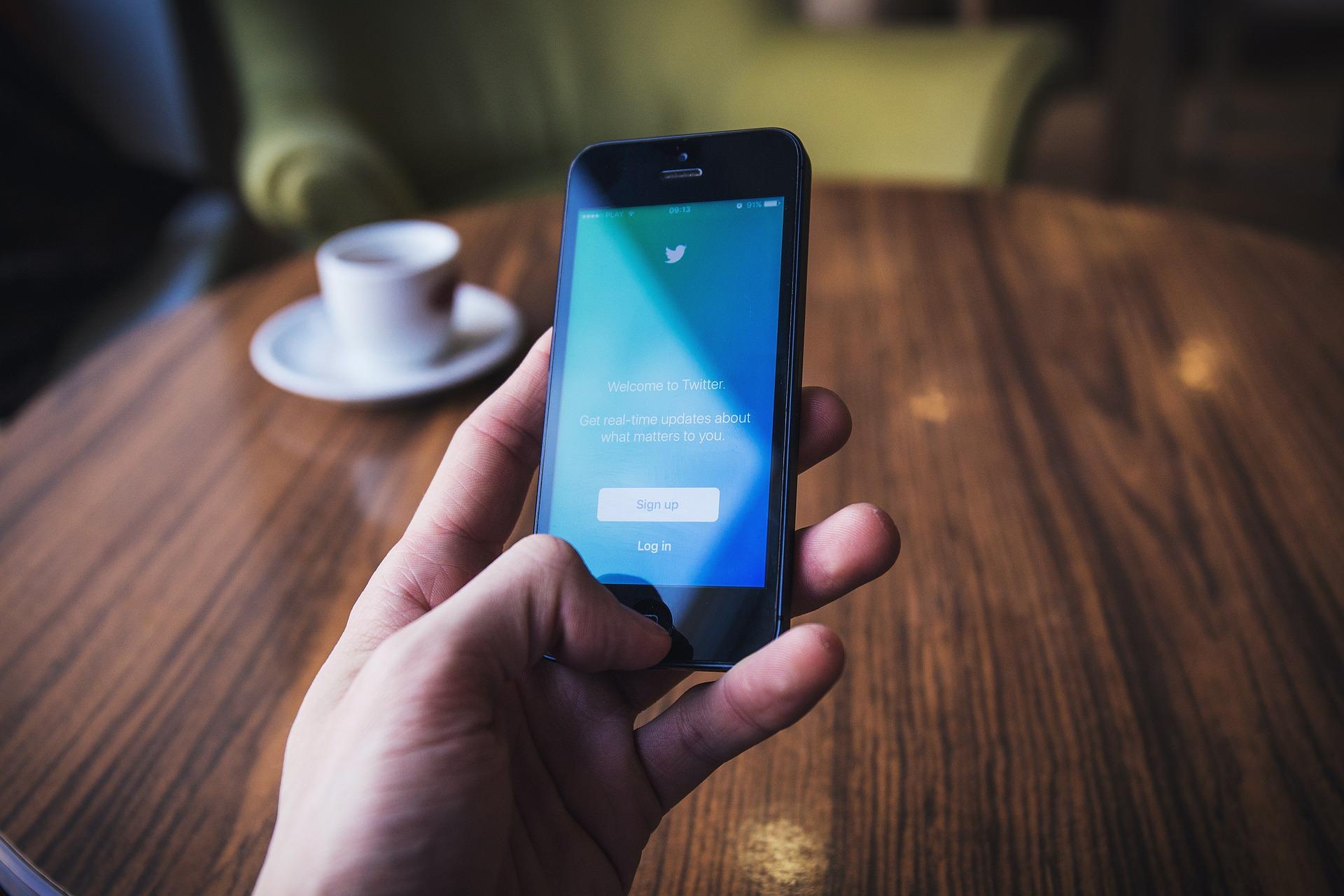 Twitter cambia casa? Google si muove e il titolo prende il volo
