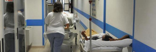 Stranieri qui per le cure Ma il sistema è al collasso e pagano solo gli italiani
