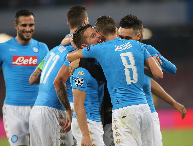 Il Napoli domina ma trema nel finale: finisce 4-2 contro il Benfica